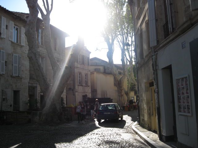 Avignonsunnystreet